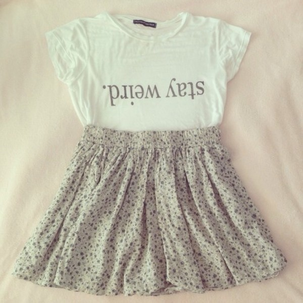 shirt t-shirt whiteshirt floral skirt t-shirt top brandy melville crop top white white top floral skirt