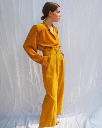pants yellow yellow top high waisted high waisted pants shirt all yellow outfit yellow pants