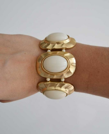 Trendy Clothing, Fashion Shoes, Women Accessories | Ivory Oval Stretch Bracelet  | LoveShoppingMiami.com