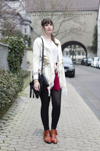 andy sparkles blogger tights mini skirt red skirt aztec sweater fringed bag brown leather boots