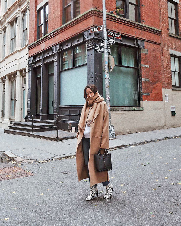 coat tumblr song of style song of style camel camel coat long coat camel long coat oversized bag handbag boots snake print scarf
