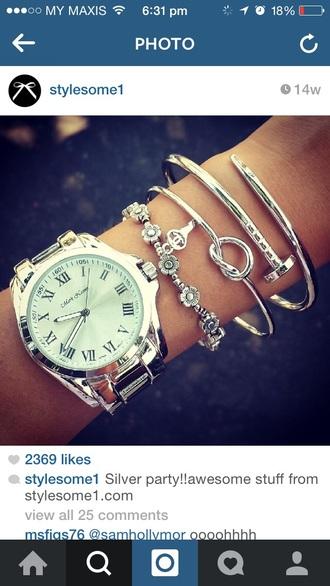 jewels bangle knot knot heart bracelets