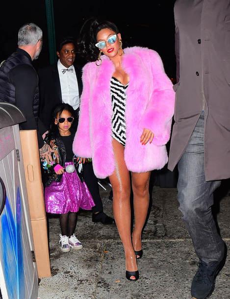 coat fur coat shoes swimwear sunglasses jewels nail polish