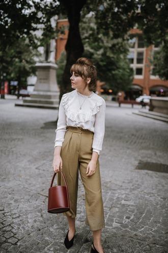 pants tumblr fall outfits blouse white blouse nude pants bag brown bag shoes slingbacks