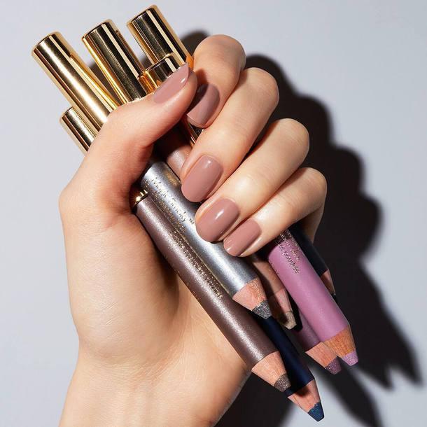 nail polish, tumblr, nails, nude nails, eye pencil, estée lauder ...