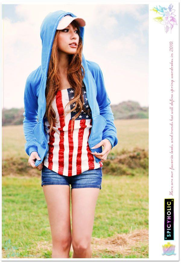 Open mouth boom sequined american flag t