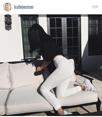 pants kylie jenner white yoga pants shoes snickers outfit sportswear instagram selfie tights kylie fashion clothes