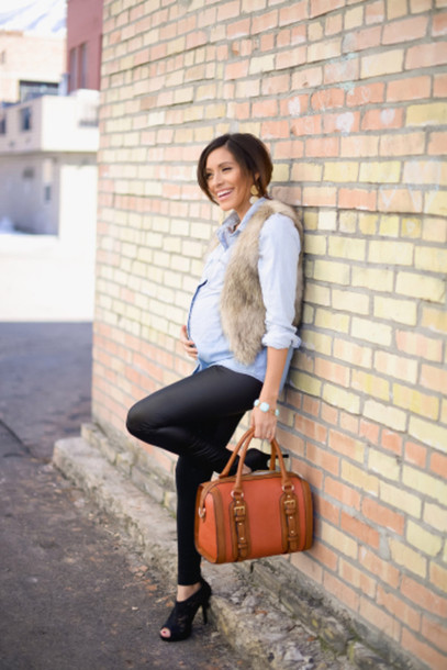 shirt blue shirt maternity leather bag leggings faux fur vest