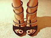 shoes,black,gold,cute,high,high heels,black  high heels,sexy,sexy heels,straps,strappy heels,strappy black heels,chain,zara chain heels,leather sandals