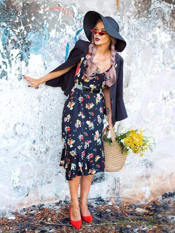 gvozdishe blogger dress jacket sunglasses shoes basket bag blue dress floral dress red heels fall outfits