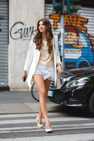 the mysterious girl blogger ripped shorts sequin shirt gold top gold sequins sequins coat white coat shorts white shorts