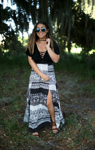 madison lane blogger skirt shoes sunglasses black top lace up top black choker aviator sunglasses maxi skirt slit skirt black and white wedges