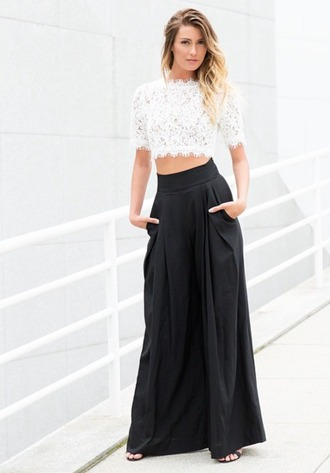 pants flowy pants wide leg black pants black and white pleated pants winter outfits top