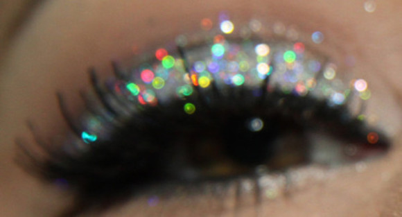 sparkle make-up eyeshadow holographic