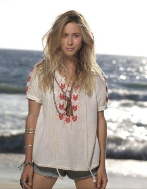 top 90210 gillian zinser beach jewels