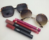 sunglasses,round sunglasses,mirrored sunglasses,aviator sunglasses,black sunglasses,heart sunglasses,blue sunglasses,retro sunglasses,make-up,makeup brushes,natural makeup look,outfit,jewelry,jeans,black jeans,skinny jeans,coat,winter outfits,winter sweater,fall outfits,fall sweater,nails,metallic nails