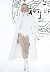 coat,white,lookbook,fashion,versace,shoes
