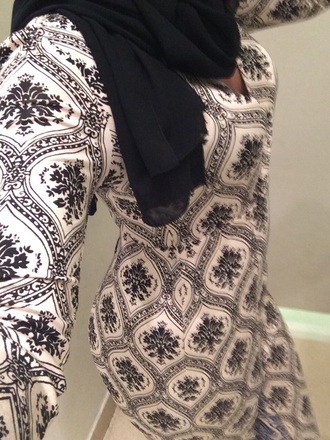dress black and white white black patterned dress maxi flowery patteren pattern bodycon dress bodycon