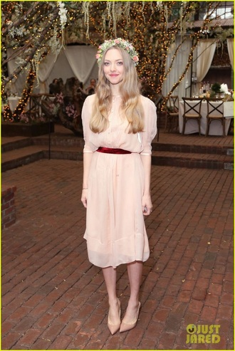 dress amanda seyfried
