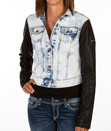 Freestyle Revolution Denim Jacket - Women's Outerwear/Jackets | Buckle
