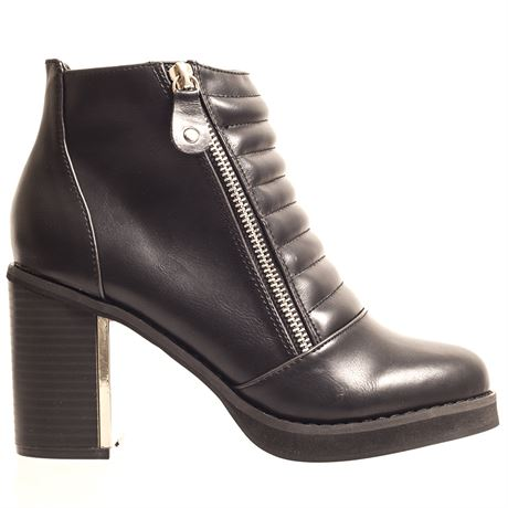 Korkys. black ankle boot