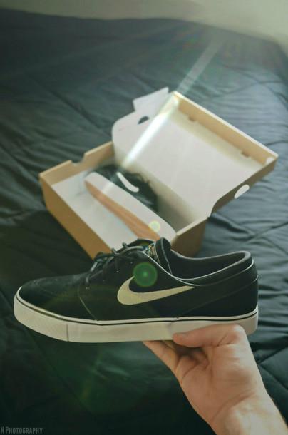 shoes nike sneakers nike shoes nike running shoes black black shoes