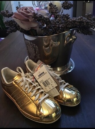 shoes adidas superstar metal gold gold metal adidas superstars adidas superstar gold adidas superstar metal gold