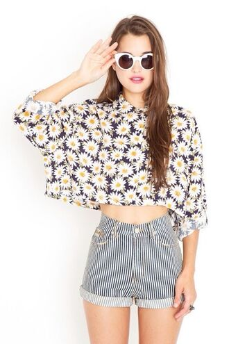 shirt daisy cute yellow flowers yellow top flower top jeans shorts cut off shorts