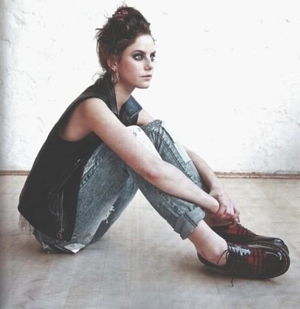 EVENTO ON - FESTIVAL DAS UVAS - Página 3 R3gy89-l-610x610-shoes-kaya+scodelario-effy+stonem-skins-boyish-black+boots-flat+boots