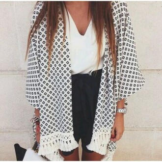 blouse printed skirt round necklace black skirt with ruffles white blouse grey blouse