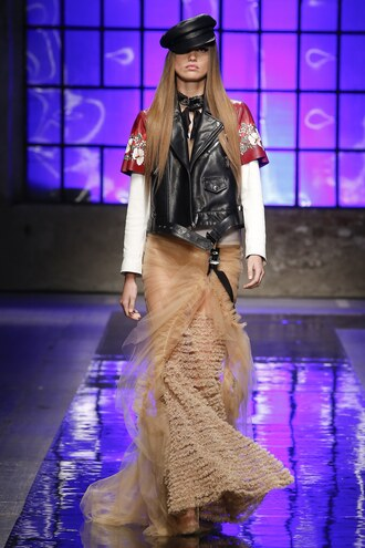 skirt maxi skirt vest jacket milan fashion week 2017 runway fashion week 2017 dsquared
