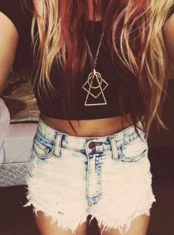 shorts High waisted shorts crop tops gold necklace