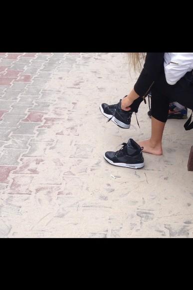 shoes sneakers jordans jordan shoes black