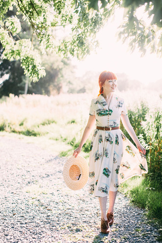 the clothes blogger hat dress belt shoes midi dress floral dress red hair belted dress straw hat spring outfits booties brown booties vintage dress