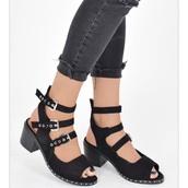 shoes,sandals,sandal heels,black sandals,buckled sandals