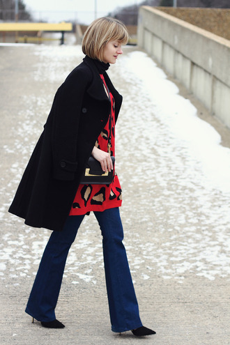 district of chic blogger jeans red sweater animal print black coat dress coat jewels shoes bag