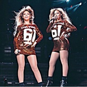 beyonce,tom ford,gold sequins,blonde hair,long sleeves,ankle boots,jersey,dress