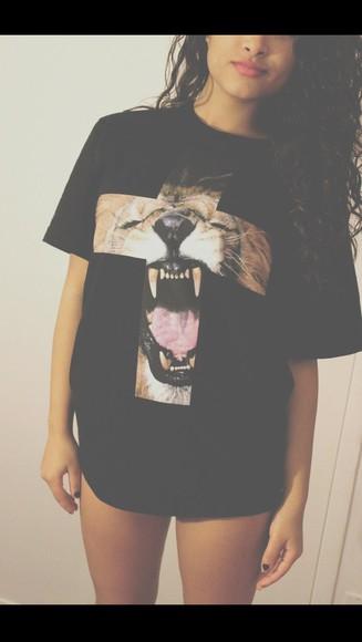 cross t-shirt animal print nikes