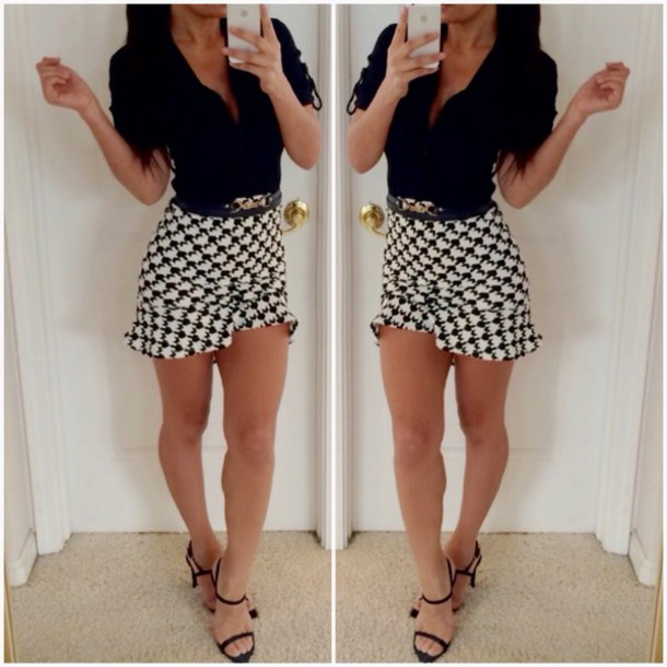 Skirt: print, blouse, black, white, white skirt, black heels ...