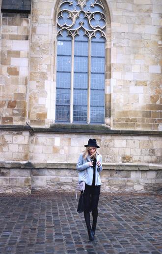 bekleidet blogger light blue fedora jacket sweater jewels hat bag