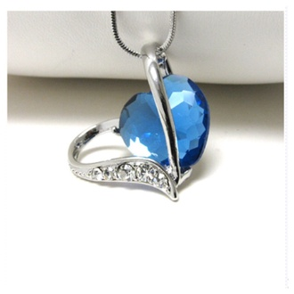 jewels blue heart necklace jewelry accessories heart jewelry