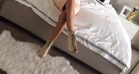 high heels beige lace up