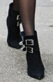 shoes,bridle,miranda kerr,black boots,heels