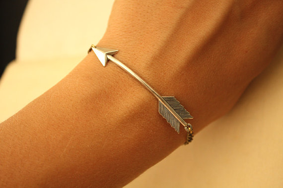 Silver arrow bracelet par iadornu sur etsy