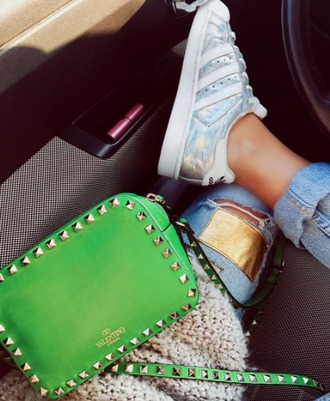 bag valentino green studs clutch