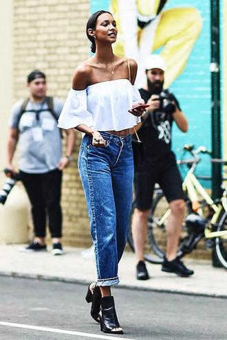 lefashion blogger blouse jeans