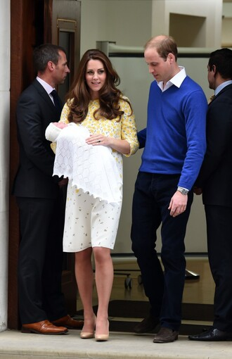 shoes dress pumps kate middleton floral dress