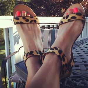 Women's Khaki Ankle Strap Buckle Leopard-print Flats Sandals