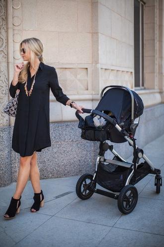 elle apparel blogger dress shoes jewels bag
