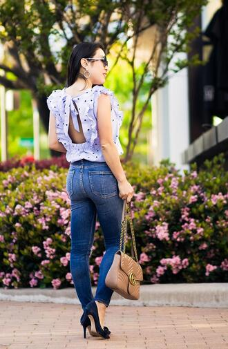 blouse belt shoes jewels sunglasses bag cute & little blogger jeans top skinny jeans gucci bag pumps spring outfits